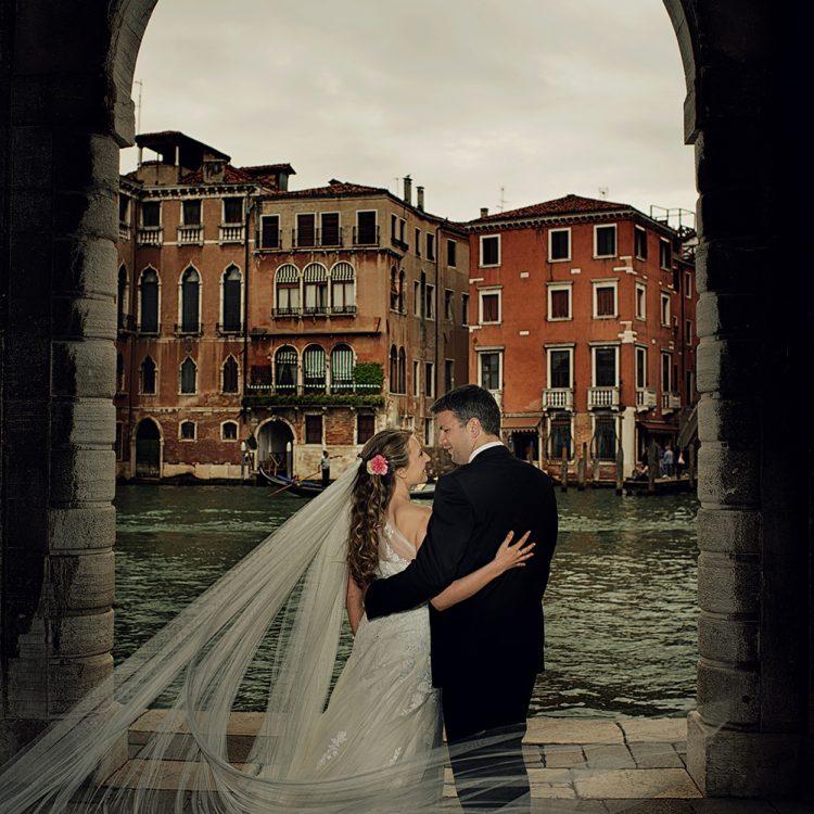 pre wedding photography Venice bride groom