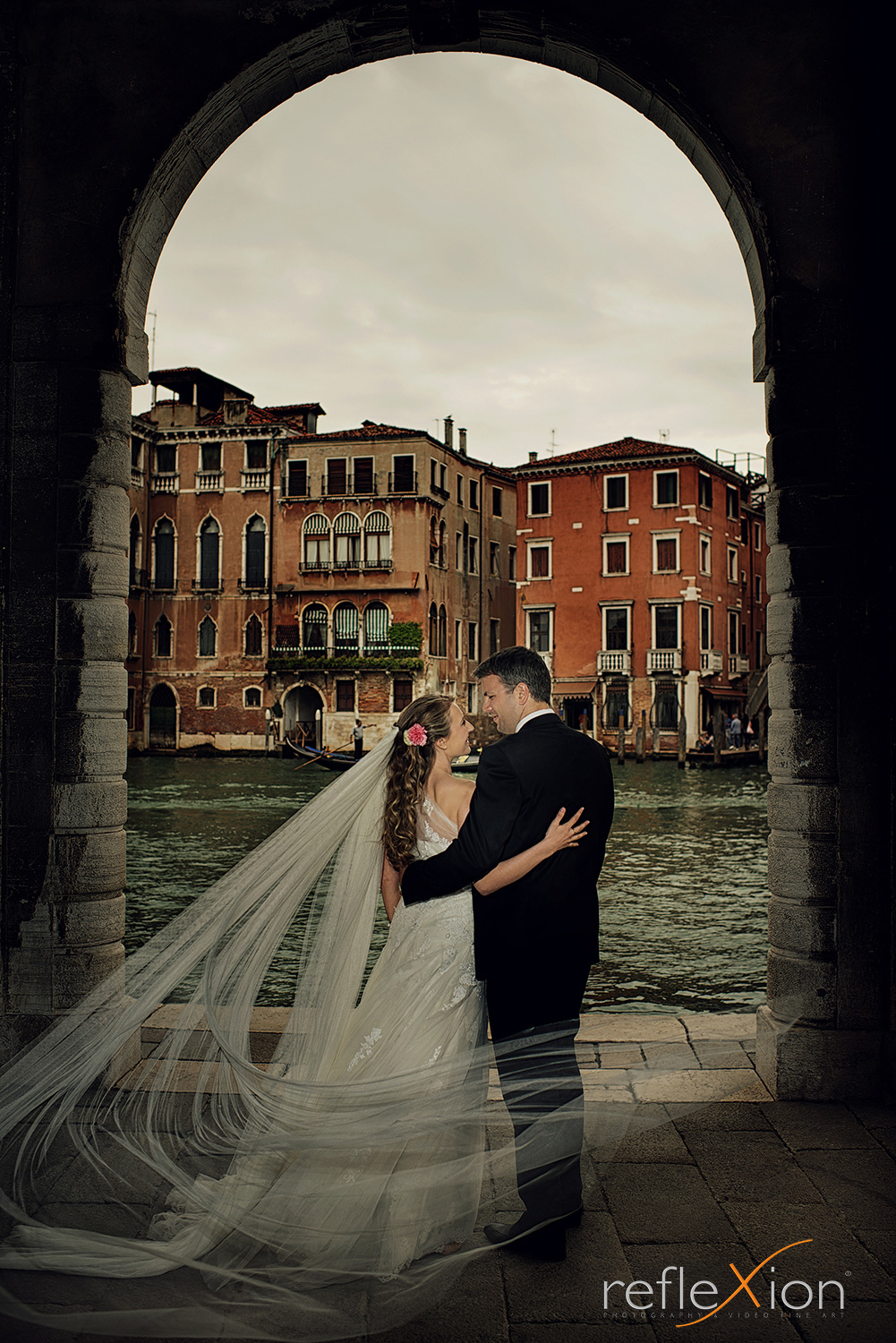 pre wedding photography Venice bride groom