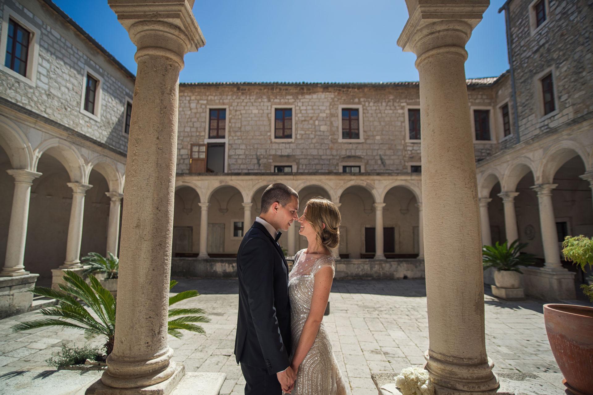 Wedding photographer Dubrovnik bride groom old palace