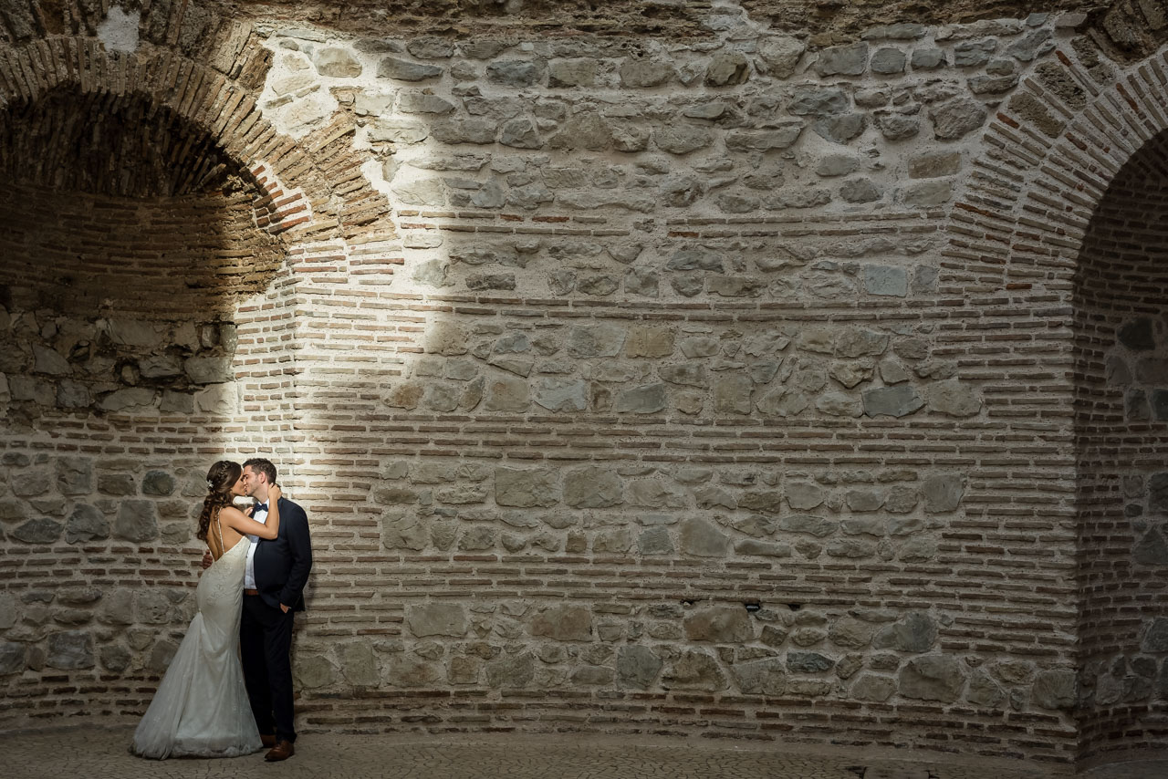 Wedding Photographer Split Croatia light pocket on the wall